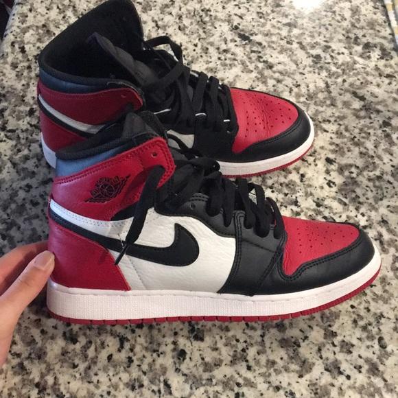 size 40 0caa4 1b644 Nike Jordan 1's! RED TOE JORDANS